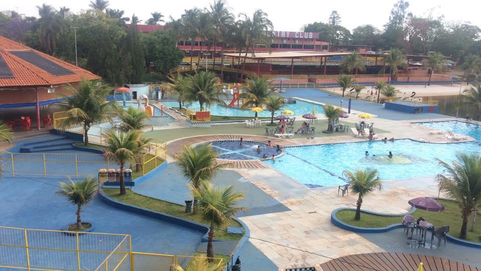 Instalações de piscina